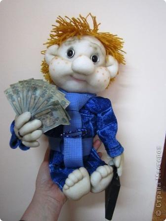 """Такую куклу мы сделали на конкурс """" Налоги глазами детей"""" и заняли 1 место фото 3"""