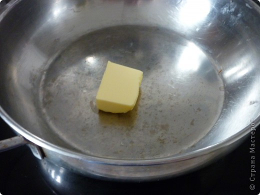 Такой рис для гарнира готовят в Болгарии. Он очень отличается от риса отварного.Прелесть рецепта состоит в том ,что рис не подгорает и не убегает))) Получается нежный,рассыпчатый и не сухой. Попробуйте,может этот вариант приготовления риса заинтересует не только меня. фото 4