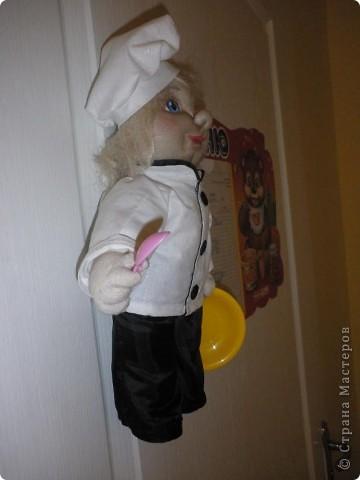Всім добрий вечір ! Такий поварьонок  проживає у нашому дитячому садочку,запрошує діток на обіди. фото 5