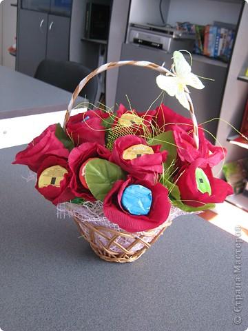Очень люблю полевые цветы. А если добавить конфет, получится неплохой подарок на день рождения. фото 4