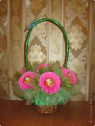 Очень люблю полевые цветы. А если добавить конфет, получится неплохой подарок на день рождения. фото 6