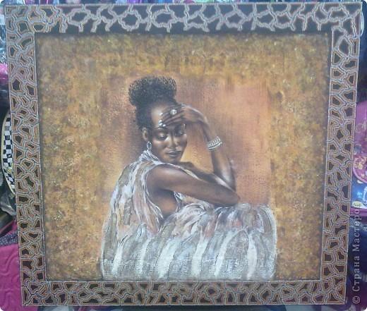 канва 100 на 90 см в (середине приклеен фрагмент с африканской задумчивой девушкой)   фото 2