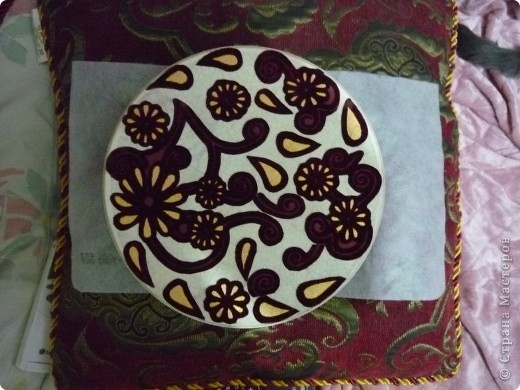 деревянная коробочка,черная грунтовка,шаблон и 3-х мерная краска двух оттенков. фото 9