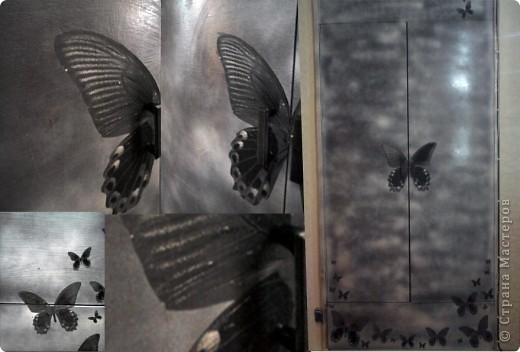 """Попросили сделать декор старых самодельных дверей для встроенного шкафа. Двери очень темные были и я """"прошлась"""" по ним белой краской из баллончика.  Бабочек (вернее она одна))) разного размера распечатала на принтере и клеила сначала с помощью обойного клея, потом сверху ПВА.  Эффект """"тумана"""" на фото не удалось передать. В общем работа не ювелирная, но может кому пригодится идея :)  фото 1"""