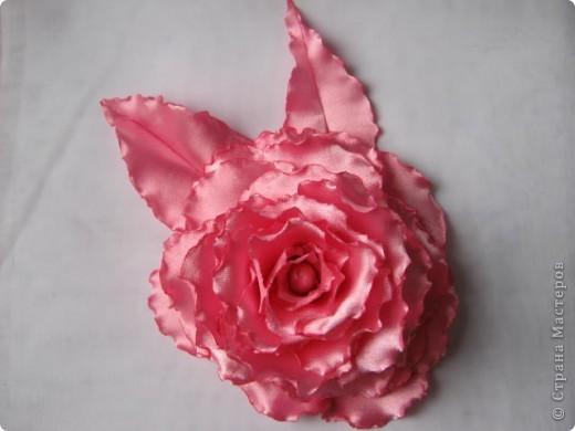 Попробовала сделать розы по чудесному МК  http://stranamasterov.ru/node/360171?tid=1724 , ткань атлас. фото 2