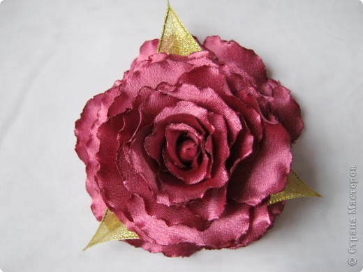 Попробовала сделать розы по чудесному МК  http://stranamasterov.ru/node/360171?tid=1724 , ткань атлас. фото 1