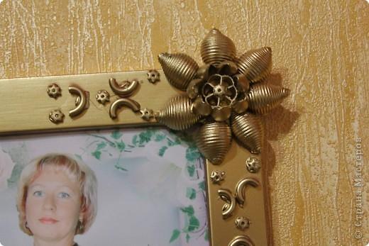 узор из макарон, окраска из баллончика, золото. фото 11