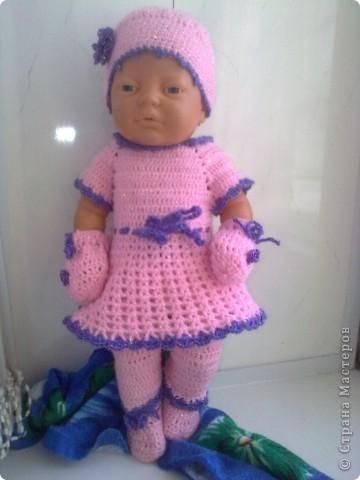 Вязала по заказу. Варежки связала кукле, так  как пришлось спрятать ручки.