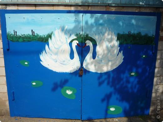 Новые рисунки на воротах у свекрови. фото 1