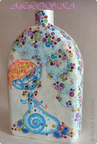 Стеклянный сосуд, грунтовка, роспись акриловыми красками. Покрыт лаком для прочности. По мотивам работ Светланы Кириченко,спасибо))))) фото 3