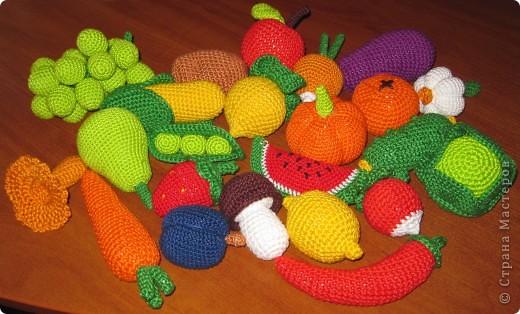 Овощи и фрукты,связанные крючком.