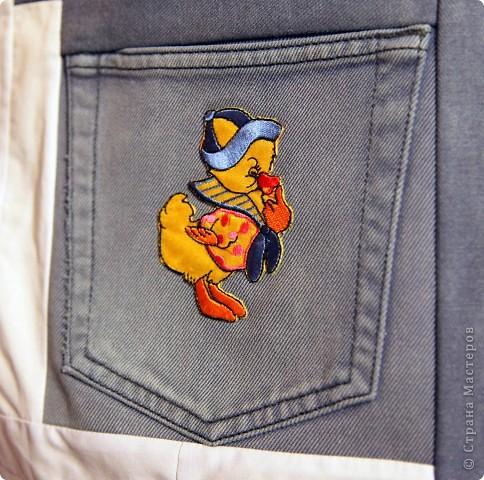 В дело пошли остатки искусственного меха, старые джинсы, драп. фото 9