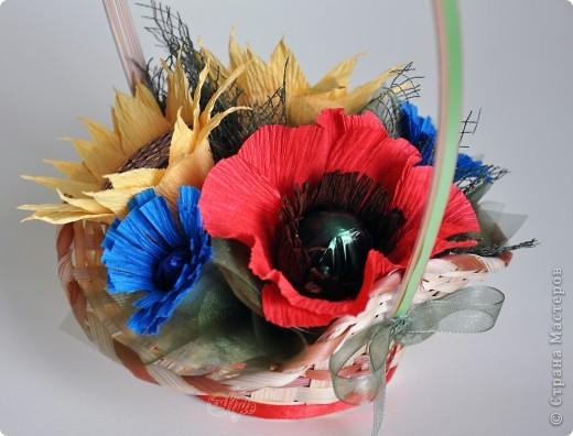 Попробовала сделать букетик полевых цветов) Понравилось, хотя и переживала за цветовую гамму - не люблю смешение большого количества ярких цветов и аляпистость)   фото 1