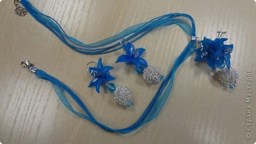 Голубые лилии в серебре фото 1