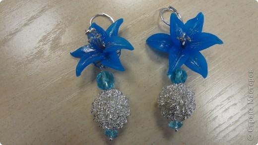Голубые лилии в серебре фото 2