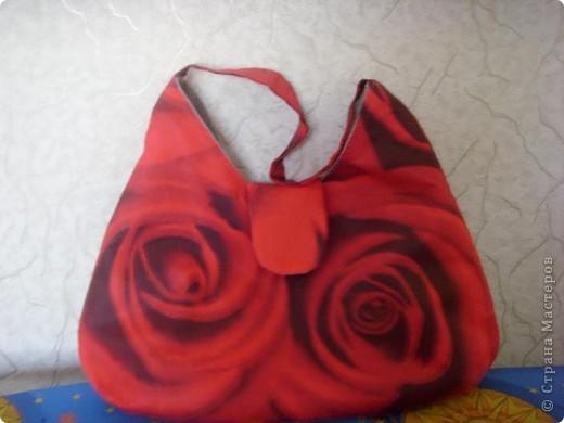 сумка сшита из турецкого хлопка,застежка на магните,подклад из ткани серого цвета называется бортовка фото 2