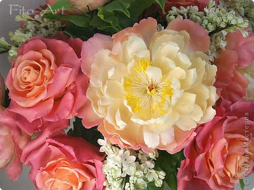 Букет Майский с пионами, розами и сиренью фото 2