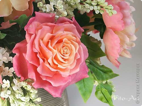 Букет Майский с пионами, розами и сиренью фото 3