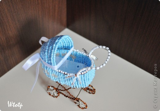 Декоротивная колясочка фото 3