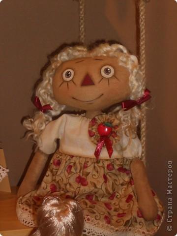 Сейчас в Воронеже проходит выставка кукол. Работы невероятные! Представленные техники потрясают воображение! Параллельно проходят мастер-классы по многим видам рукоделия. Обязательно досмотрите до конца - самые удивительные работы - последние. фото 27