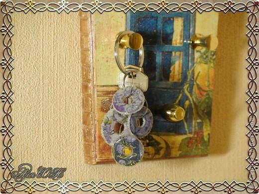 Декор предметов Мастер-класс Поделка изделие Декупаж Брелок своими руками из  МК Клей Салфетки фото 13