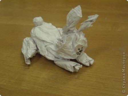 """Младшим школьникам очень нравится работать с мятой бумагой. На итоговом занятии ребята сами выбрали из своих работ те, которые представлены вам.   """"Кошки - мышки"""" фото 5"""