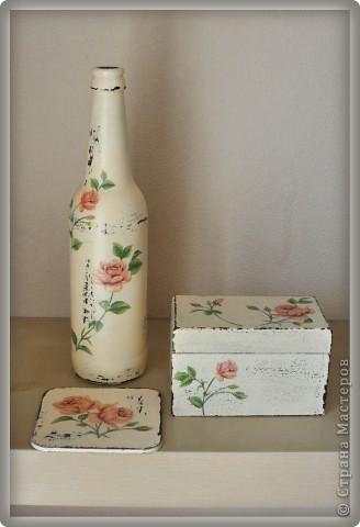 Бутылка, коробка для чая и подставка под горячее фото 1