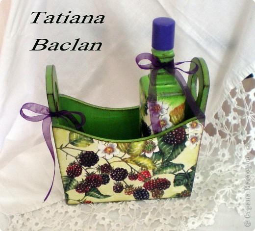 Наборчик для ванной или для кухни. Бутылочка стеклянная предназначена для лосьона, масла либо для уксуса. фото 2