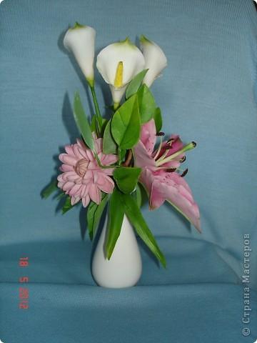 Букет с лилией фото 3