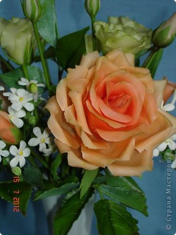 Сегодня закончила еще один букетик - на этот раз розы и эустомы. фото 4