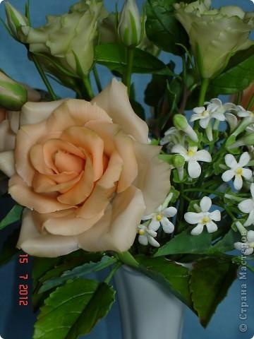Сегодня закончила еще один букетик - на этот раз розы и эустомы. фото 5