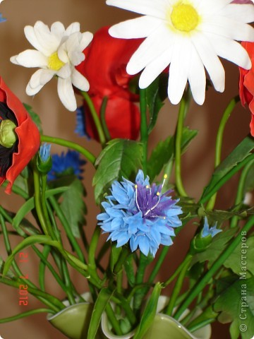 """Сегодня выходной, поэтому решила показать еще один букет, который сделала некоторое время назад.  Это """"Полевые цветы"""" - ромашки, маки, васильки... фото 6"""