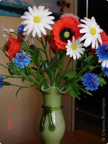 """Сегодня выходной, поэтому решила показать еще один букет, который сделала некоторое время назад.  Это """"Полевые цветы"""" - ромашки, маки, васильки... фото 1"""