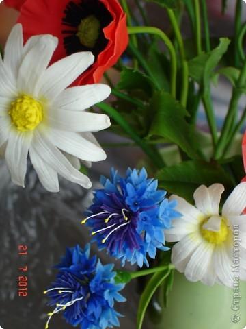"""Сегодня выходной, поэтому решила показать еще один букет, который сделала некоторое время назад.  Это """"Полевые цветы"""" - ромашки, маки, васильки... фото 5"""