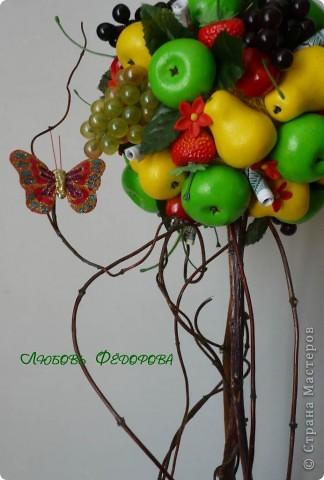 """Всем жителям творческой страны - привет!!!!!!!!!!!!!!! Хочу показать две разноплановые работы. Первая - это вариант фруктового дерева, подарочный вариант))) Второе-текстильное, назвала """"Викторианская роза"""". фото 5"""
