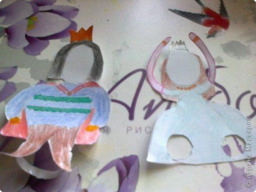 Пррррриветтисссссимо!!! Вы зашли на блог 3 в 1. Он состоит из 2 МК и советикок по оформлению кукольного домика. 1 часть- это МК по созданию комика, для этого надо: альбом, линейка, карандаш, стёрка и цветные карандаши и фломастеры по желанию.  фото 8
