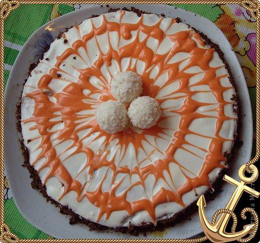 """""""Букет роз"""" Торт был испечен по случаю 8-го марта))на работу мужу в подарок его коллегам))) Рецепт торта (называется """"Молочная девочка"""") можно посмотреть здесь http://stranamasterov.ru/node/155720))  Все цветы из мастики, надпись делана пищевыми фломастерами. Строго не судите подмигиваю это второй торт с использованием мастики)) я еще тока учусь)))смущаюсь буду рада если рецепт или идея украшения вам пригодится  фото 9"""
