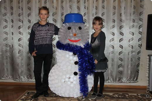 Дед мороз из пластиковых стаканчиков своими руками