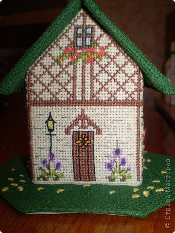 Здравствуйте! Покажу вам два домика, сделанных в подарок хорошим людям. Домик №1 - Для подруги с пожеланиями приобрести квартиру (кстати, на момент, когда я делаю эту запись, подруга квартиру уже имеет) фото 2