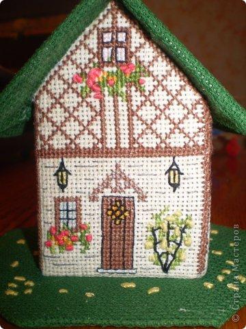 Здравствуйте! Покажу вам два домика, сделанных в подарок хорошим людям. Домик №1 - Для подруги с пожеланиями приобрести квартиру (кстати, на момент, когда я делаю эту запись, подруга квартиру уже имеет) фото 4