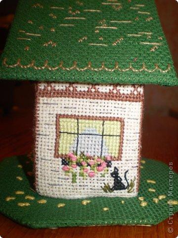 Здравствуйте! Покажу вам два домика, сделанных в подарок хорошим людям. Домик №1 - Для подруги с пожеланиями приобрести квартиру (кстати, на момент, когда я делаю эту запись, подруга квартиру уже имеет) фото 5