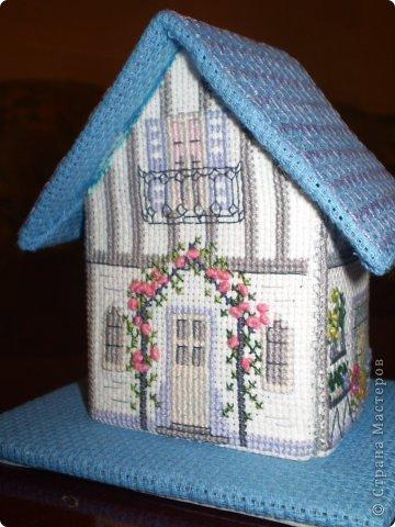 Вышивка Вышитые домики 3D