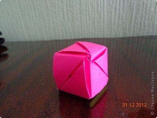 Хочу представить вам на суд свои несколько работ в технике модульного оригами фото 8