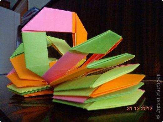 Хочу представить вам на суд свои несколько работ в технике модульного оригами фото 10