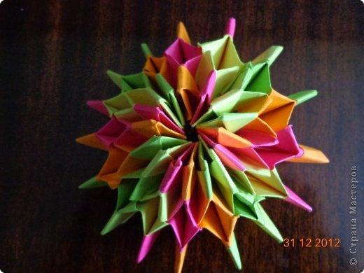Хочу представить вам на суд свои несколько работ в технике модульного оригами фото 13