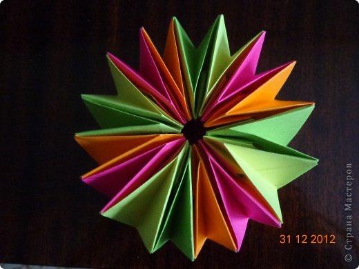 Хочу представить вам на суд свои несколько работ в технике модульного оригами фото 16