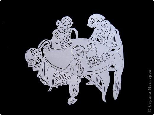 Картина панно рисунок День семьи Вырезание Семья Бумага фото 2