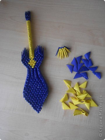 Оригами Гитара Бумага фото