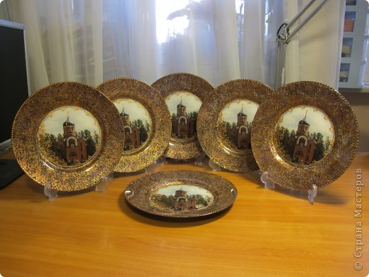 Тарелка была сделана для Настоятеля Храма в подарок ) фото 6