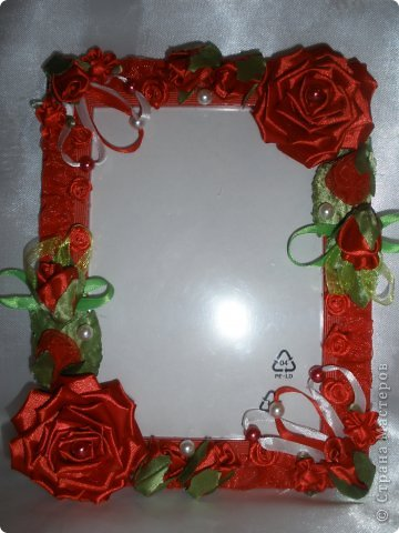 Фоторамка Фиолет №2.(Фото 050) обтянута тканью,украшена цветами из ракушки,радужным бисером,сваровски,для фото 10х15 см. фото 34